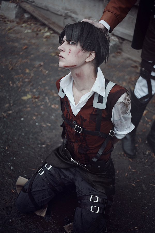 AoT Levi Cosplay