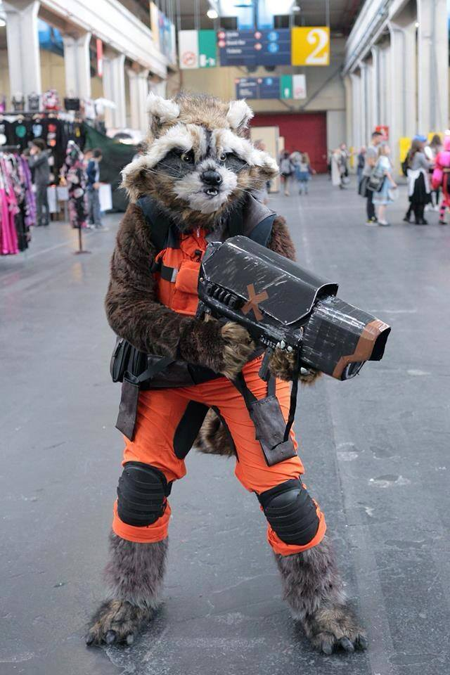 Rocket Raccoon Cosplay Y