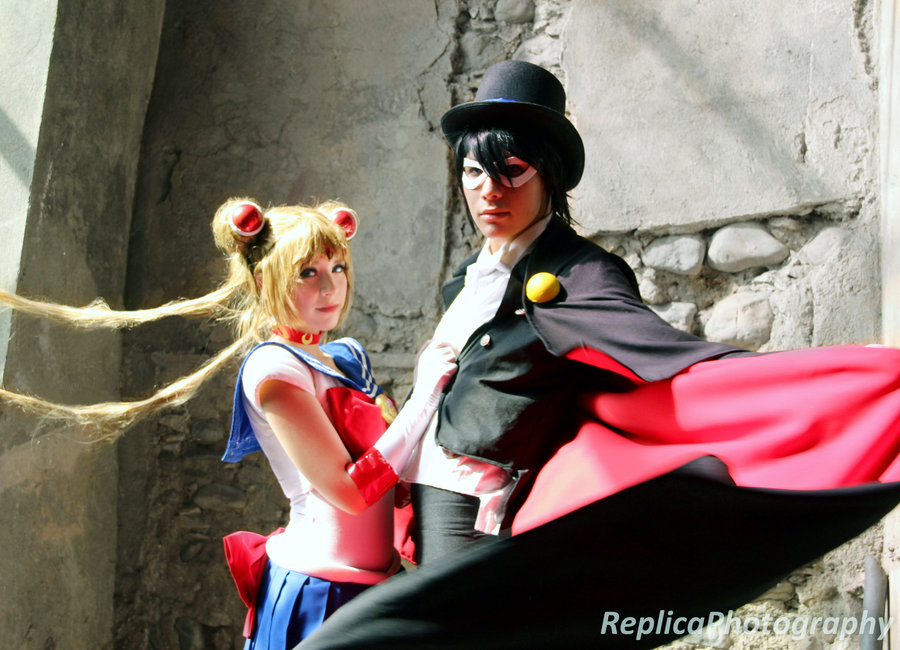 Sailor Moon & Tuxedo Mask Cosplay