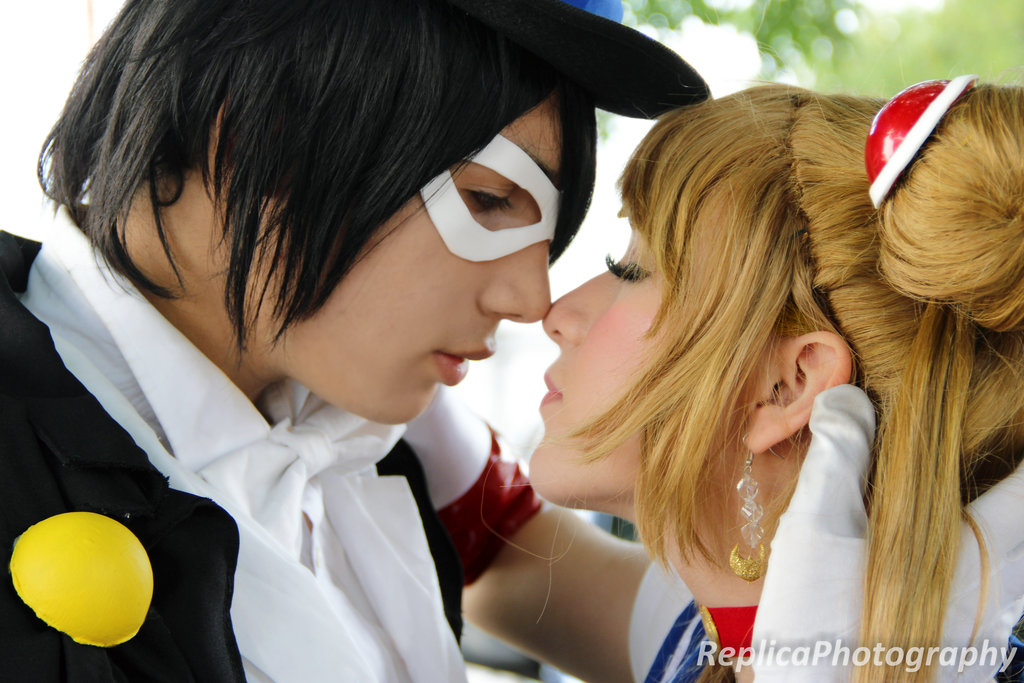 Sailor Moon & Tuxedo Mask Cosplay 2